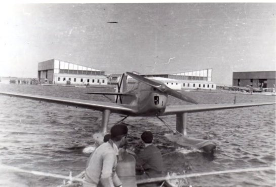 AISA (INTA) HM.3: Floating Death Man.