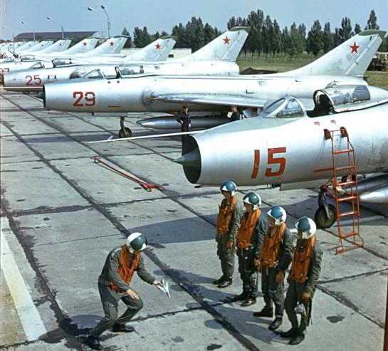 Sukhoi Su-7BM: Small & Big Toys