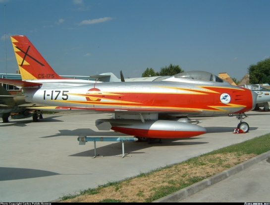 NAA F-86F Sabre: RED HOT