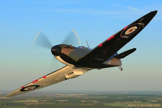Supermarine Spitfire Mk.I: In B & W