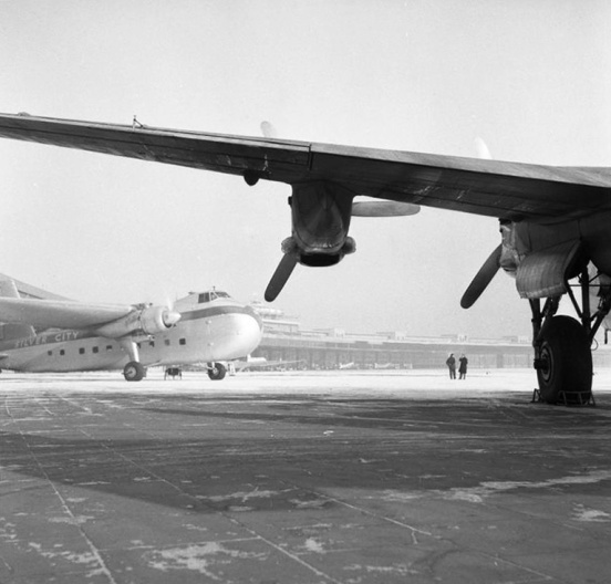 Bristol 170 Freighter & Avro York: Humble Wings