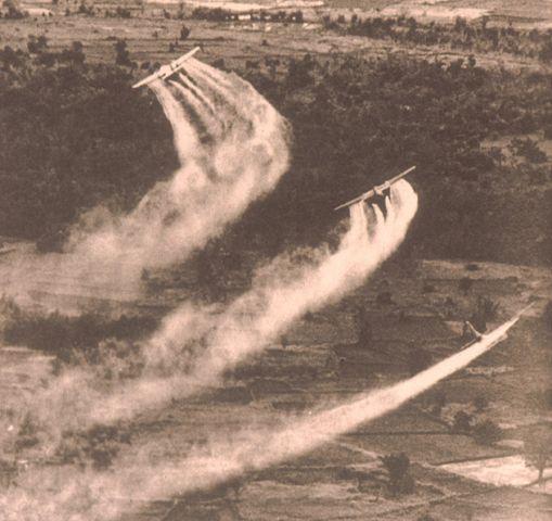 Fairchild UC-123B Provider: Horrible Airshow.