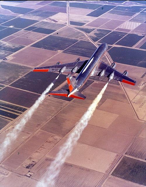 Convair CV-990 Coronado: Chemtails' Delight.