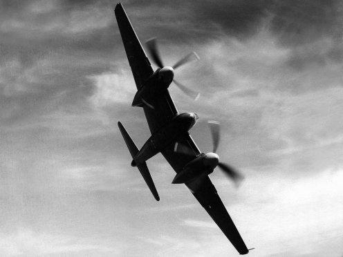 http://www.raf.mod.uk/downloads/wallpapers/1946_1949/hornet1024.jpg
