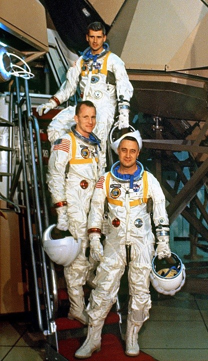 apollo space crews - photo #39